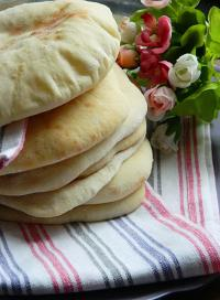 شامي وبلدي  ..  طريقة عمل الخبز في المنزل