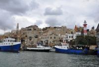 الإحتلال يفرغ ميناء يافا من الصيادين العرب