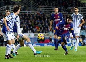 برشلونة يكسر عقدة أنويتا ويضرب سوسييداد برباعية