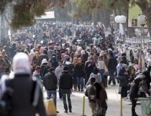 طلبة يرفضون التصويت الالكتروني بالأردنية