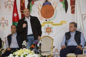الملقي والفريق الوزاري في لقاء حواري مع الشباب الاثنين