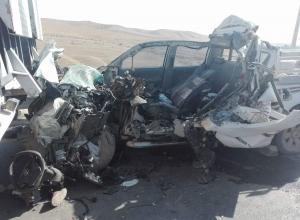 5 اصابات بتدهور مركبة على الطريق الصحراوي