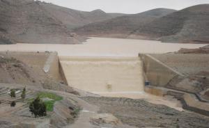 """مطالبات بإقالة وزير المياه بسبب """"فضيحة"""" سد الوالة"""