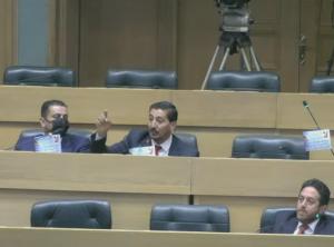 القطاونة للحكومة: طرد السفير الاسرائيلي وإلا طرح الثقة