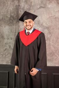الدكتور احمد علي السعد .. مبارك التخرج