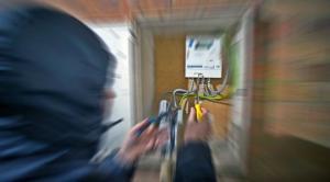 بدء محاكمة المتورطين بأكبر سرقة كهرباء في الأردن