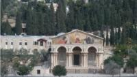 إحباط محاولة مستوطن إحراق كنيسة الجثمانية بالقدس
