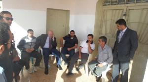 محتجون يغلقون مقر نادي الوهادنة في عجلون (صور)