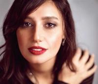 حلا شيحة تتألق بأول تكريم لها بعد عودتها للفن (صور)