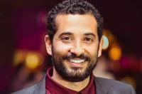 """عمرو سعد بـ""""لوك"""" غريب يعرضه للسخرية (صور)"""
