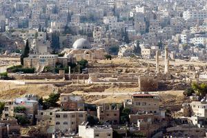أعمال تعبيد ليلية بشوارع عمان بدءا من الأربعاء