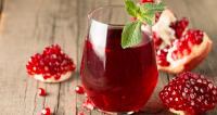 فوائد لتناول كوب من عصير الرمان لصحتك