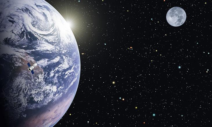 مشروع مبتكر لتسهيل السفر اليومي بين الأرض والقمر Image