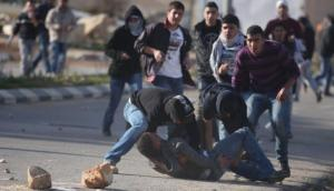 إصابة فتى فلسطيني بمواجهات مع الاحتلال في نابلس