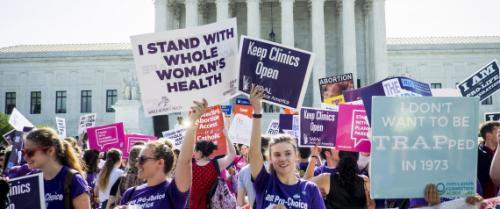 المحكمة الأميركية العليا تقر حق النساء في الإجهاض