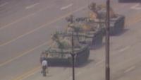 """الذكرى الـ 29 لحادثة """"رجل الدبابة"""" (فيديو)"""