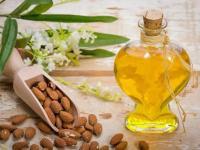 فوائد زيت اللوز الحلو للجلد والبشرة