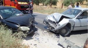 اصابة 6 اشخاص بتصادم مركبتين في الزرقاء