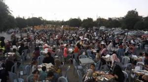 مسيحي أردني ينظم حفل إفطار لنحو 5 آلاف يتيم