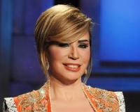إيناس الدغيدي: خلع حلا شيحة للحجاب أسعدني