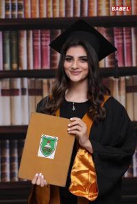 مبروك التخرج لـ سابيا المومني