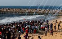 """41 إصابة بقمع الإحتلال مسير غزة البحري الـ """"16"""""""