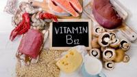 علامتان داخل فمك تحذران من نقص فيتامين ب 12