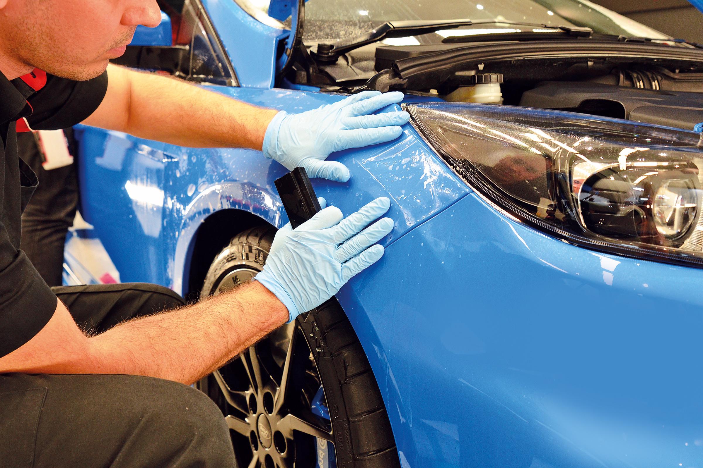 كيف تحمي طلاء سيارتك من الخدوش Image
