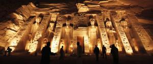 أميركية تسهر على حماية الآثار المصرية من السرقة باستخدام الأقمار الصناعية