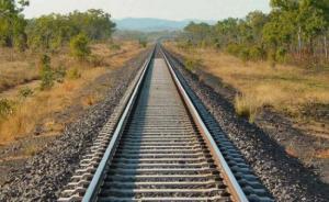 """قطار بين الأردن و""""اسرائيل"""" قريباً  ..  وخط شاحنات يصل حيفا بعمان"""