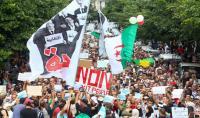 لوموند: الجيش الجزائري يحاول فرض أجندته بالقوة