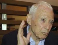 وفاة المفكر العربي السوري تيزيني