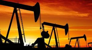 النفط يهبط بعد تصريحات إيرانية