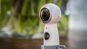 سامسونج تكشف عن منصة DeX وكاميرا Gear 360