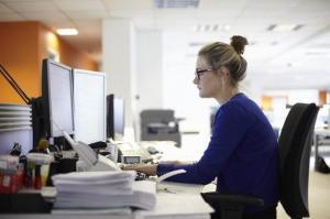 الضغط والإجهاد يعرضان النساء للخطر