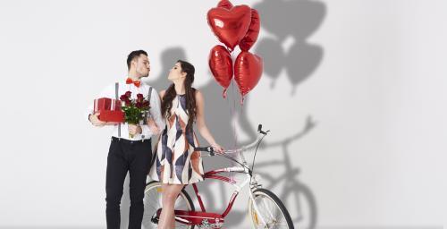 في عيد الحب ..  ما الذي يمكنك ارتداؤه عند الخروج في موعد غرامي؟