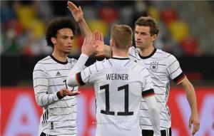 ساني ضحية بطل أوروبا في تشكيل ألمانيا أمام فرنسا