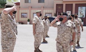 الملك في القيادة العامة للقوات المسلحة (صور)