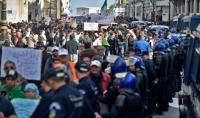 صحيفة فرنسية: الحراك الجزائري من الأمل إلى الخيبة!