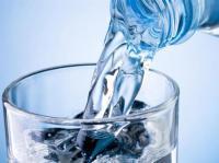 أسئلة مهمة حول شرب الماء  ..  تعرف عليها