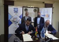 """""""عمان الأهلية"""" وجمعية انتاج توقعان إتفاقية تعاون"""