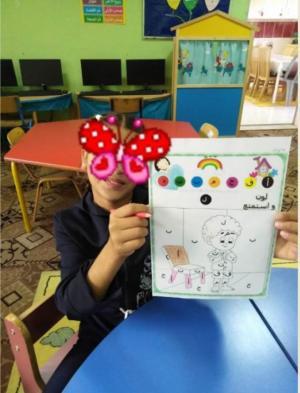 فتيات شارع مكة على مقاعد الدراسة (صور)